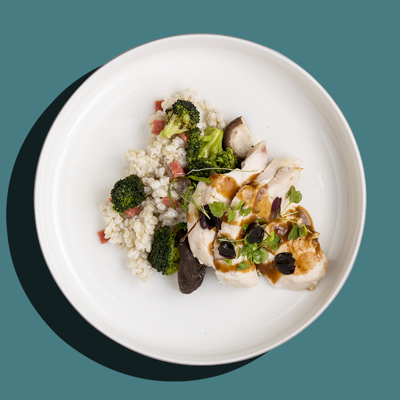 Garlic & Thyme Sous Vide Chicken Breast (Low-Cal)