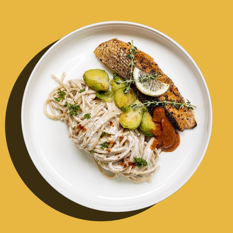 Slow-Baked Lemon Garlic Norwegian Salmon (Low-Cal)
